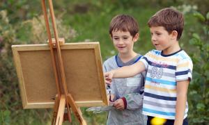 kids paint out